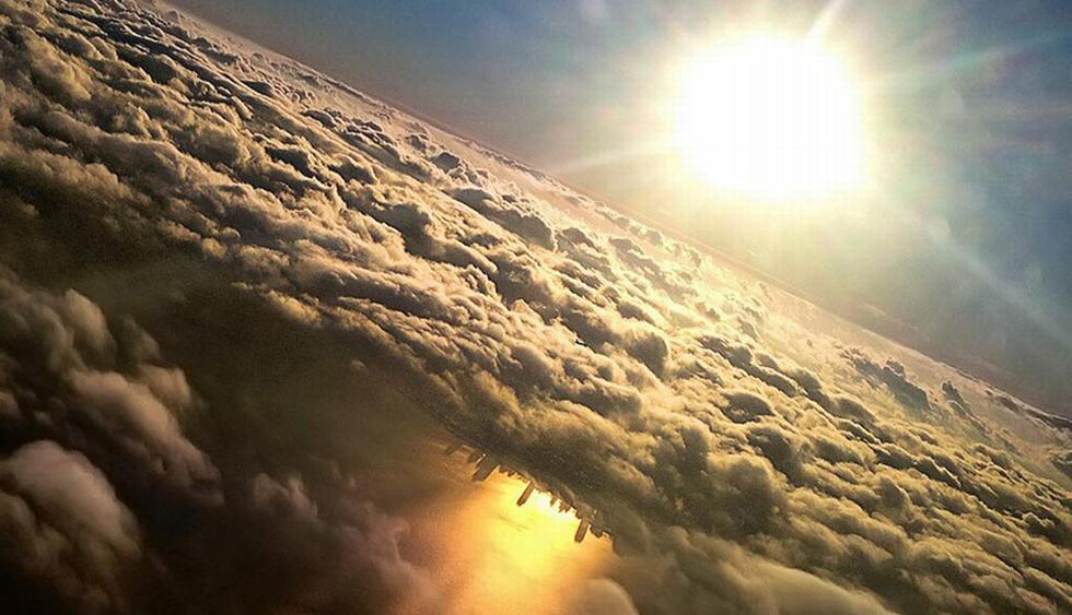 1. Podrías observar el skyline de Chicago reflejado en el lago Michigan. (huffingtonpost.es)