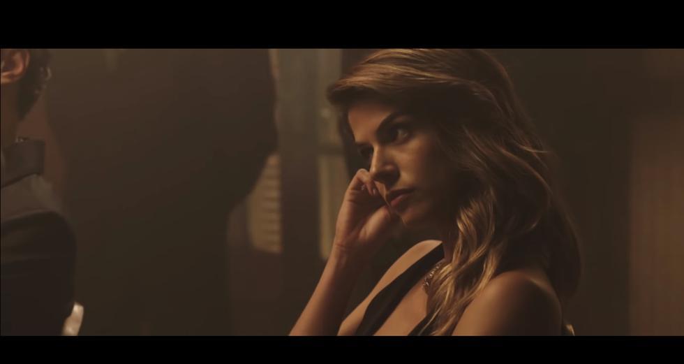 """YouTube: Stephanie Cayo protagoniza """"Esa Mujer"""", nuevo videoclip de Diego Torres (Foto: Captura de pantalla)"""