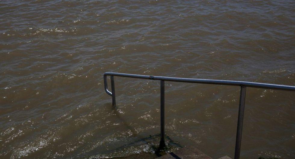 Nueva Orleans tiene al río Mississippi al sur, el Lago Pontchartrain al norte y los tributarios que desembocan en el Golfo de México al este. (Foto: AFP)