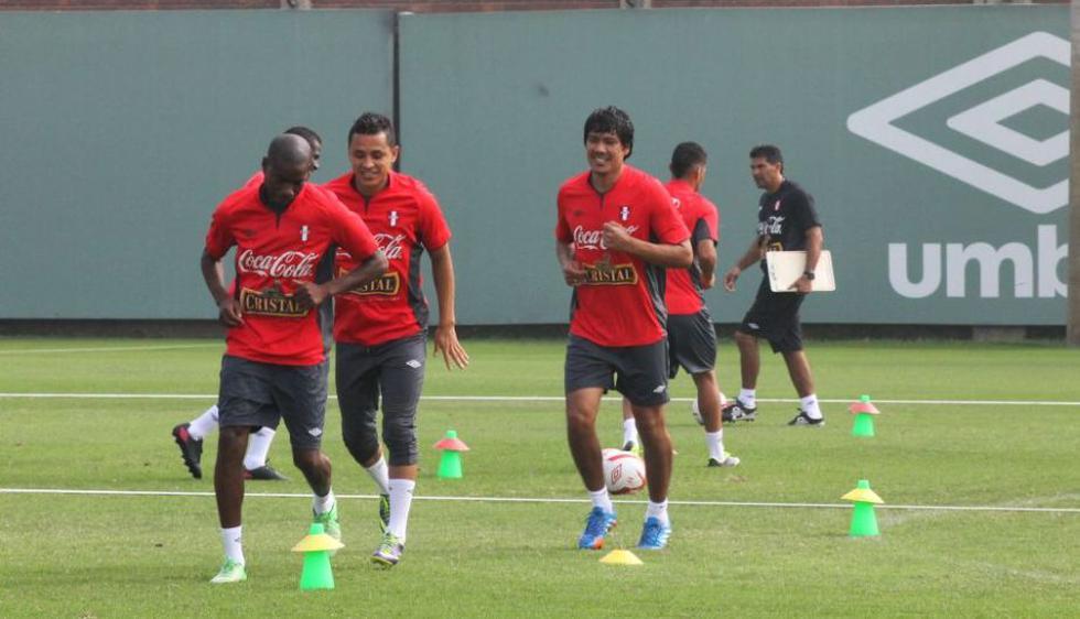 La selección peruana realizó hoy su último entrenamiento con miras al partido amistoso que disputará frente al País Vasco este 28 de diciembre en Bilbao, España. (Prensa FPF)