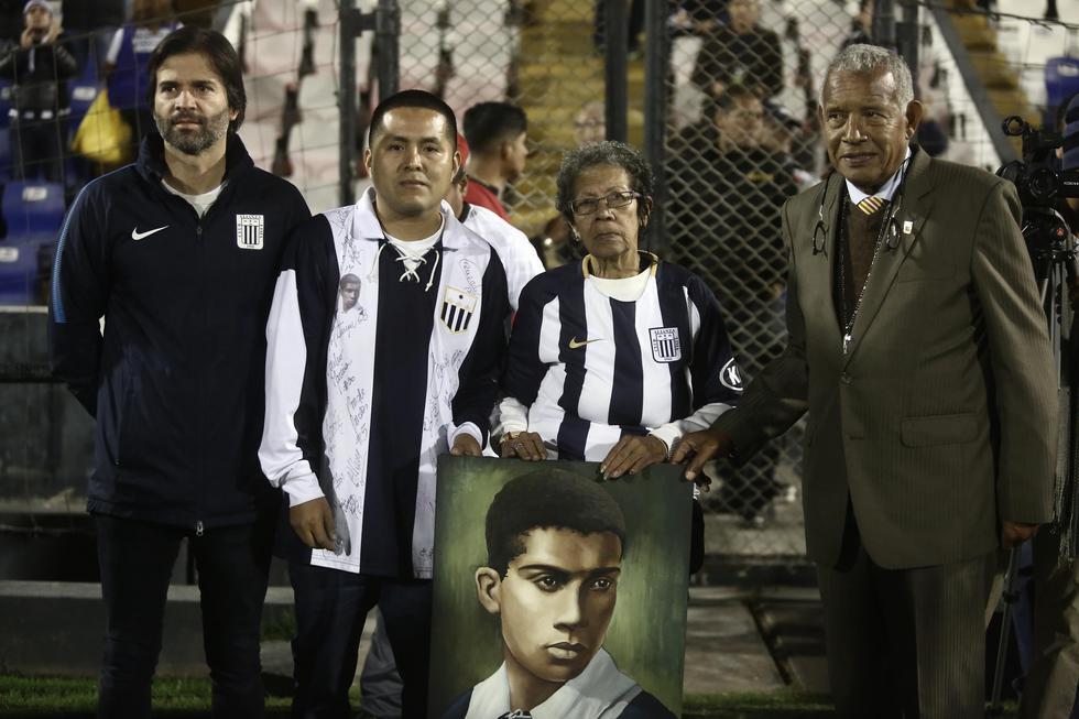 'Manguera' Villanueva lideró el ataque del famoso 'Rodillo Negro' de Alianza Lima. (César Campos/Perú21)