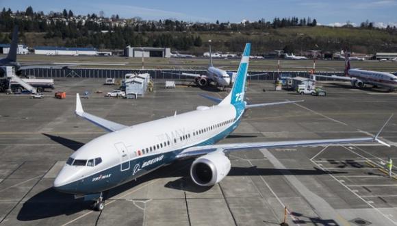 Un 737 MAX 8 de la compañía Ethipian Airlines se estrelló al sureste de Adis Abeba poco después del despegue, con 157 personas a bordo. (Foto: AFP)