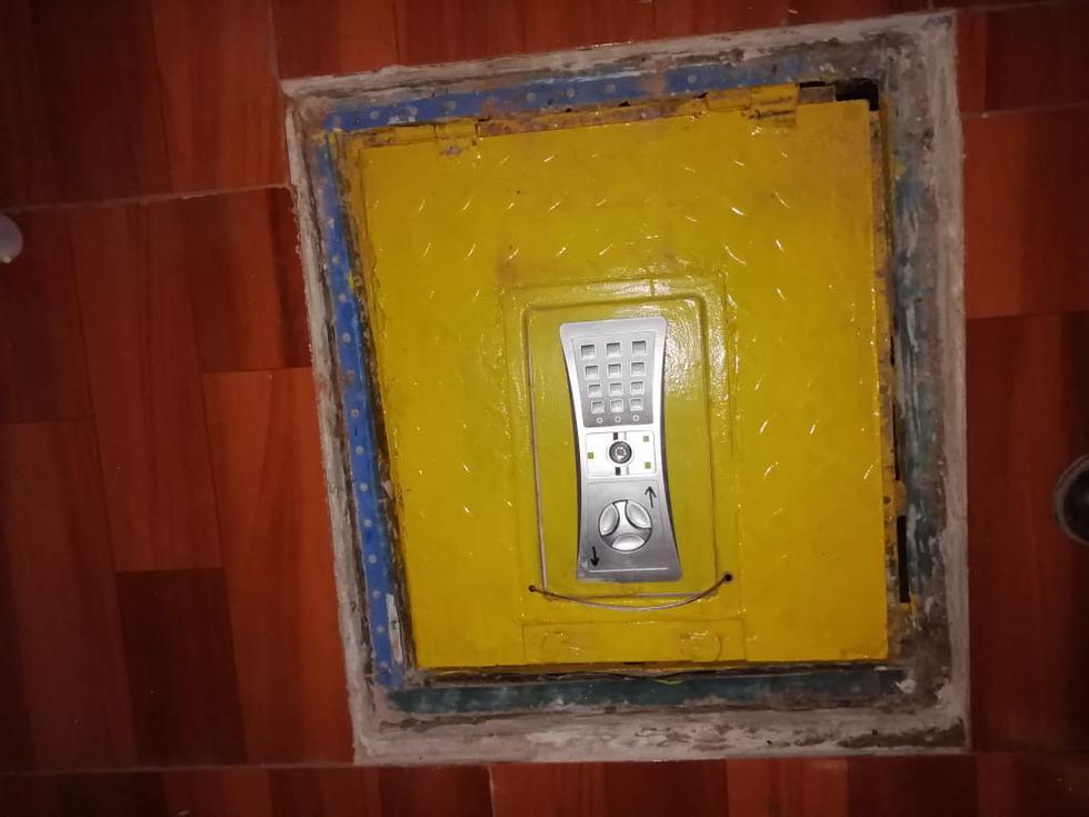 Bóveda subterránea estaba en la habitación del cabecilla de la organización criminal (PNP).