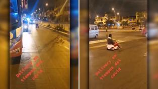 Joven usa carrito de juguete para transportarse por las calles de Lima