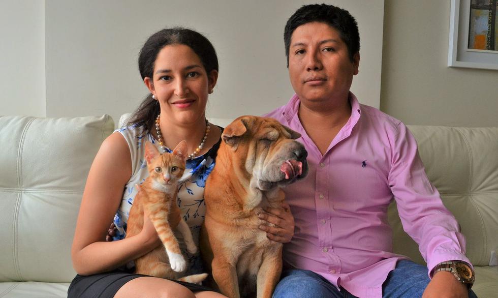 De subir 16 pisos con su perra por una absurda prohibición a héroe de la justicia animalista. (Facebook)