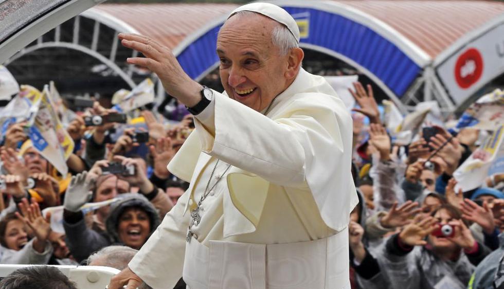 Pontífice rogó a la Virgen de Aparecida protección para el pueblo latinoamericano. (AP)