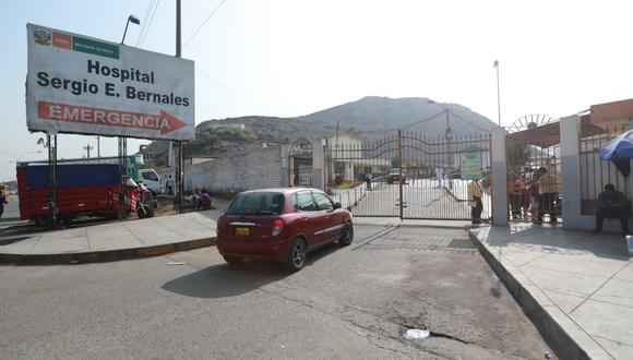 El mecánico Edison Paredes llegó sin vida al hospital Sergio Bernales.
