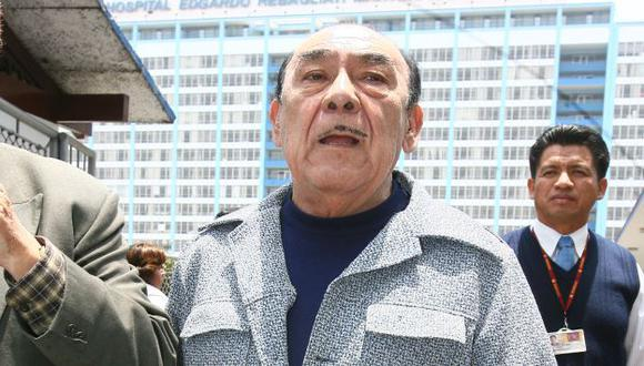 Óscar Avilés murió por shock cardiogénico e infeccioso, informó Essalud. (USI)