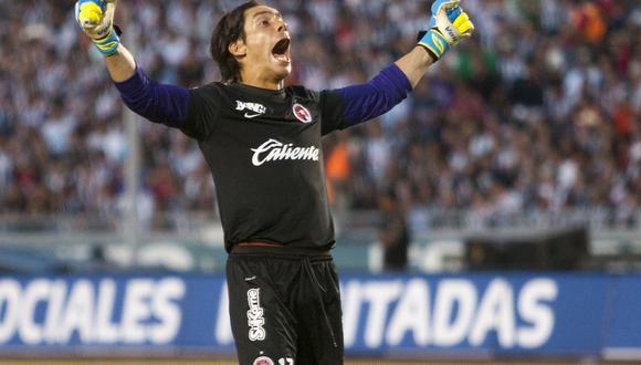 Cirilo Saucedo se retiró en el 2017 y actualmente dirige a un club de la tercera división de su país. (Foto: AFP)