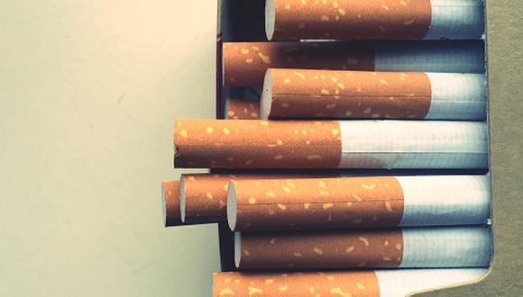 El año pasado la Policía Nacional y Aduanas realizaron cerca de 400 operativos a nivel nacional en bodegas y puntos de venta para combatir el comercio ilícito en los cuales se incautaron 77.5 millones de cigarrillos ilegales. (Foto referencial: Getty)