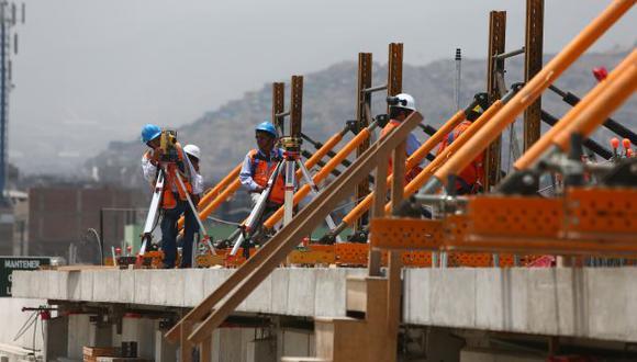 Ingenieros, operadores de maquinaria, obreros y técnicos son los más buscados. (Rafael Cornejo)