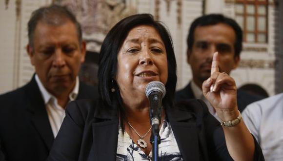 Sobre Venezuela, Foronda señala que se deben respetar los procesos