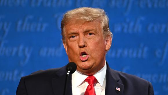 El presidente de los Estados Unidos, Donald Trump, habla durante el debate presidencial final en la Universidad de Belmont en Nashville, Tennessee. (JIM WATSON/AFP).