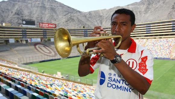 PRIMERIZO. Solano tendrá la difícil misión de salvar a la 'U' en su estreno como entrenador. (USI)