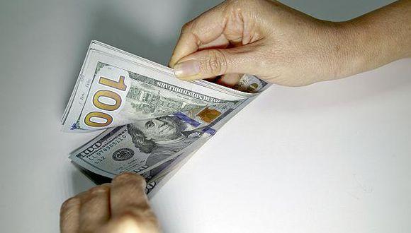 El dólar se vendía hasta enS/3.609 en los bancos en horas de la mañana. (Foto: GEC)