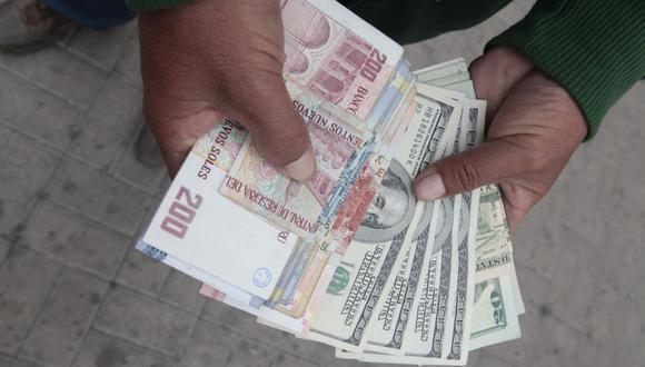 En el mercado paralelo o informal, el tipo de cambio se cotiza a S/ 3.570 la venta. (Foto: GEC)