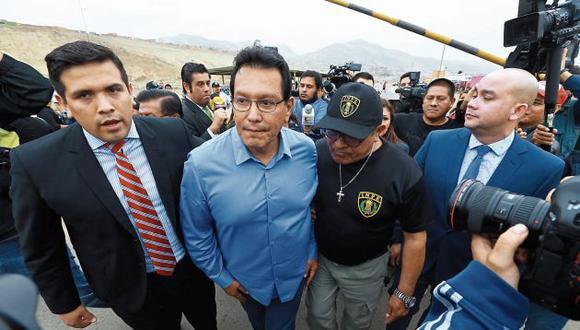 Ex gobernador del Callao está no habido desde hace un mes. (Perú21)