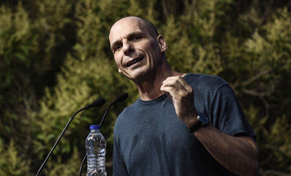 Varoufakis manifestó que acababa de aterrizar en un vuelo procedente de Atenas cuando un oficial de policía le pidió su pasaporte. (Foto: AFP)