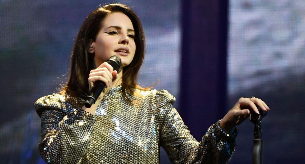 Lana Del Rey rinde homenaje a las víctimas de los tiroteos en EEUU. (Foto: AFP)
