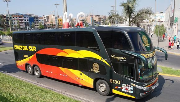 Para obtener más información acerca de las rutas y tickets disponibles, los usuarios deben comunicarse al Fonobus en Lima 311-5050 o Fonobus Provincias 0801-11111 o a través de la fanpage @cruzdelsurpe. (Foto: Cruz del Sur)