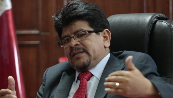 Teófilo Gamarra habló sobre su proyecto para prohibir la reelección parlamentaria. (USI)