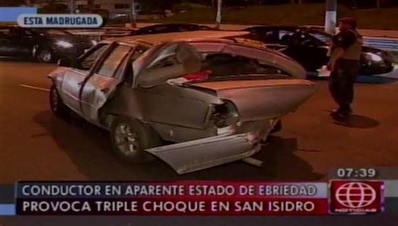 San Isidro: Conductor en presunto estado de ebriedad causó triple choque.