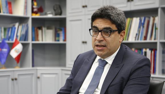 Martín Benavides, ministro de Educación, dijo que la salud física es tan importante como la salud socioemocional. (Foto: GEC)