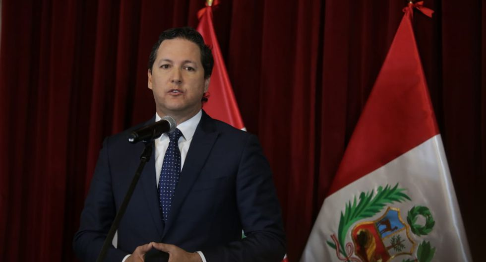 Daniel Salaverry dio luz verde a la conformación de nuevas bancadas parlamentarias. (Anthony Niño de Guzmán/GEC)