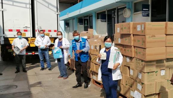 EsSalud entrega equipos de protección a los profesionales de la salud en todo el país