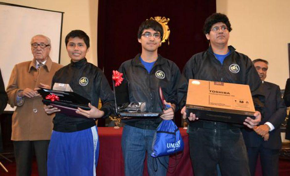 Los primeros puestos fueron premiados por la universidad. (UNMSM)