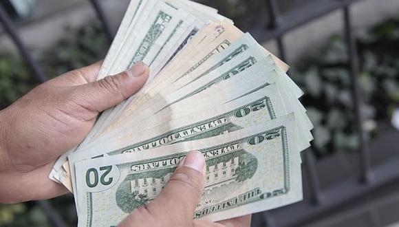 Empresas no financieras estiman que el dólar llegaría a S/.2.85 para fin de año. (Lucero Del Castillo)