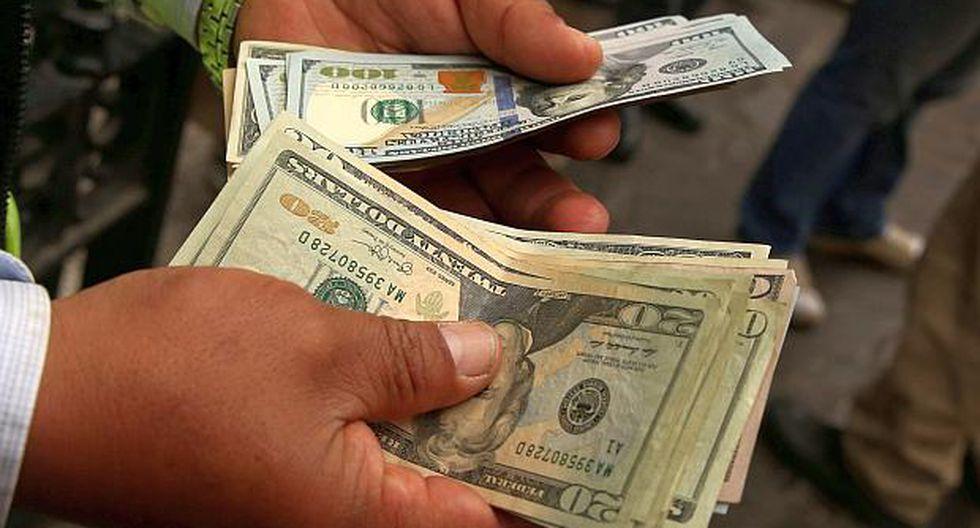 El tipo de cambio abrió a la baja el lunes. (Foto: Reuters)