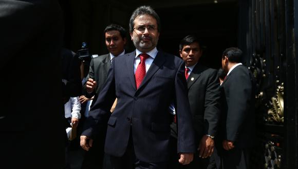 MAL PARADO. Una vez más, Humala dejó sin piso a Jiménez. (Rafael Cornejo)