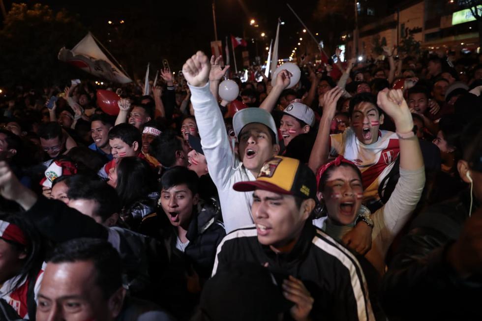 Los goles de Edison Flores y Yoshimar Yotún fueron celebrados esta noche por todos los peruanos. (Foto: GEC/Hugo Pérez)