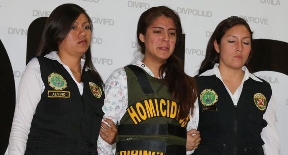 Policía presentó a la joven implicada. (USI)