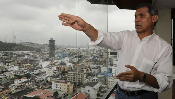 NO HABRÁ DUELO. Fabricio Correa se quedó con las ganas de competir contra su hermano presidente. (AP)
