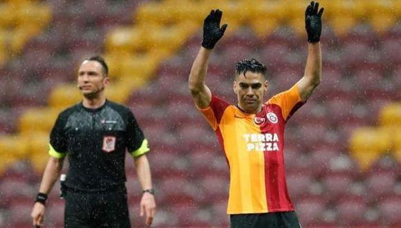 Radamel Falcao cuestionó previamente que no se haya paralizado la liga por el coronavirus. (Foto: Galatasaray)