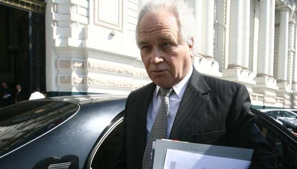 Eguiguren declinó postulación al TC para no exponerse a 'baloteos' políticos. (David Vexelman)