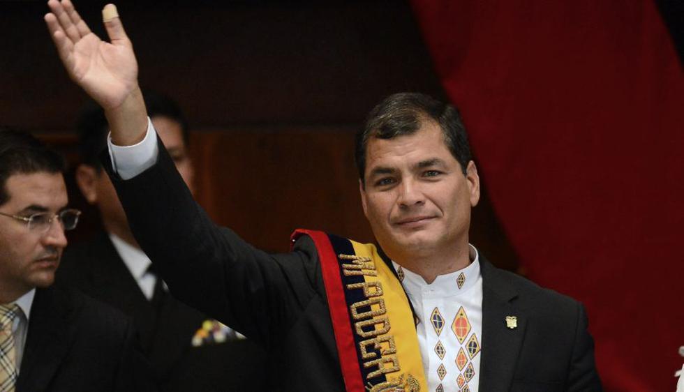 Correa, que llegó al poder en 2007, juró hoy su nuevo mandato tras lograr la reelección en los comicios de febrero para un período que terminará en 2017. (AFP)