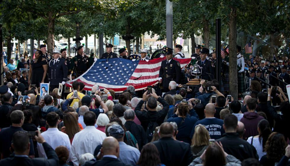 Miles de familiares de las víctimas del 11 de setiembre, sobrevivientes, rescatistas, políticos y otros acudieron este lunes al World Trade Center en Nueva York  (Getty Images)