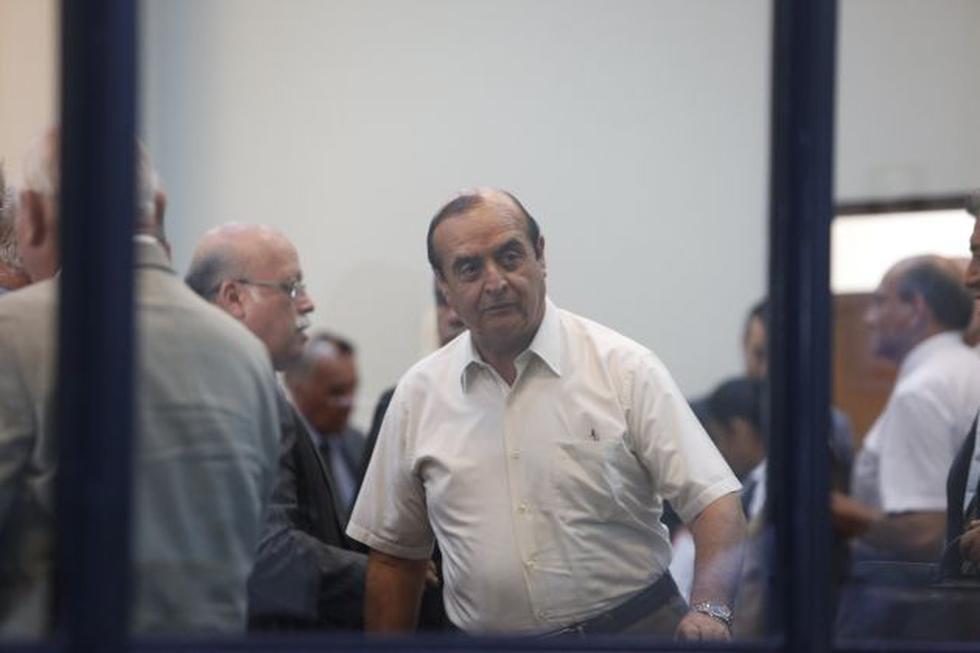 El ex asesor de Alberto Fujimori, Vladimiro Montesinos, cumple una condena de 25 años prisión por desaparición forzada. (Perú21)