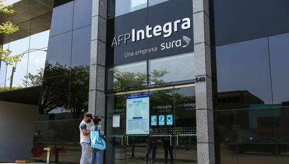 Sepa aquí sobre cómo se realizará el retiro de hasta 4 UIT de los fondos de las AFP sin un cronograma. (Foto: Fernando Sangama / GEC)