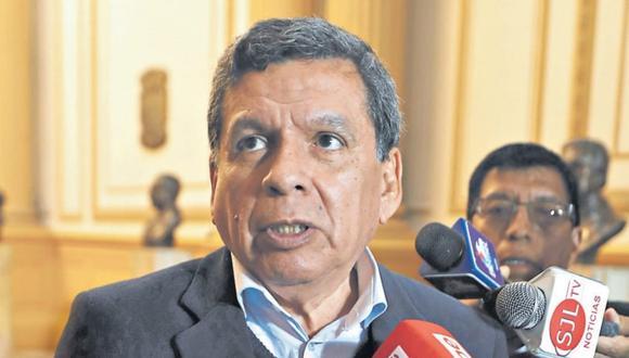 El ministro Cevallos indicó que todos los trabajadores del Minsa están bajo evaluación. (GEC)