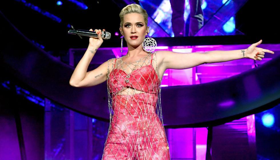Katy Perry subió unas imágenes con la letra de su nueva canción. (Foto: AFP)