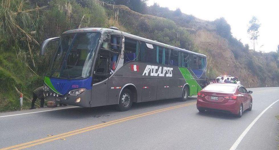 Huancayo: Bus de empresa de transporte 'Apocalipsis' choca con un camión y deja 10 heridos. (Facebook/Alerta Perú)