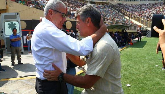 Gregorio Pérez se mostró apenado por la renuncia de Pablo Bengoechea. (Foto: GEC)
