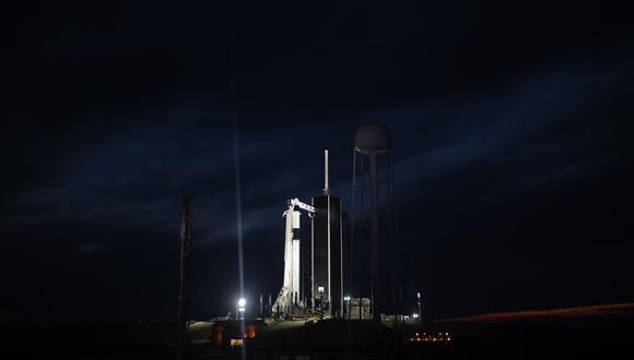 SpaceX confirmó que su cápsula se separó con éxito del cohete, lo que provocó escenas de júbilo en la sede de SpaceX y en el centro Kennedy. (Foto: EFE)