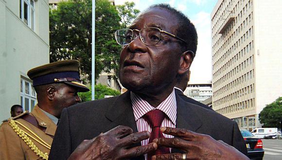 El expresidente de Zimbabue Robert Mugabe se caracterizó siempre por una afiliada lengua tendente a la polémica. (Foto: Reuters)