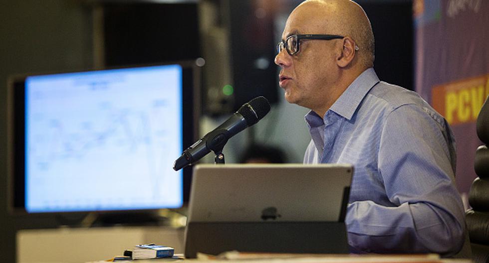 """""""(Por) Miraflores han pasado centenas de periodistas que han recibido el trato decente que de forma habitual impartimos"""", dijo Jorge Rodríguez, ministro de Comunicación e Información de Venezuela. (Getty)"""