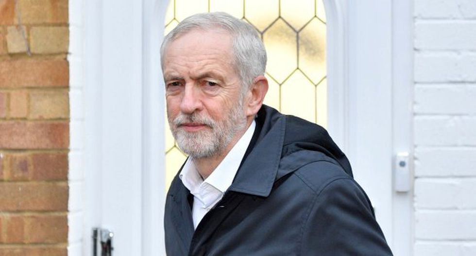 Jeremy Corbyn, que ha recibido críticas por no presentar a la primera ministra, Theresa May, una moción de censura. (Foto: EFE)